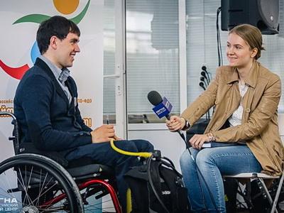 Парадайвер Никита Ванков выступил перед волонтерами Чемпионата мира по Футболу 2018